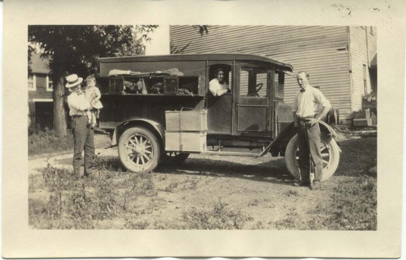 John Bricker Sr.'s Postcard Collection (p. 91)